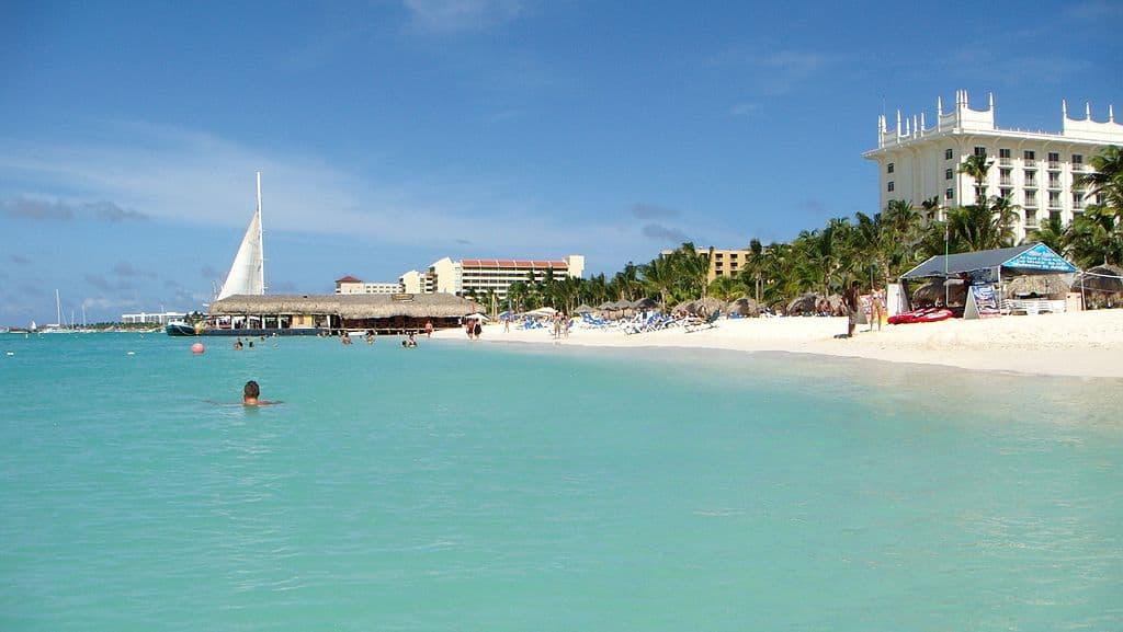 Nonstop Flights: New York to/from Aruba $331 r/t - JetBlue